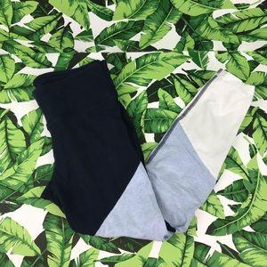 5 for $25 Gapfit Blue Colorblock Leggings